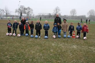 Kabouters seizoen 2014 215 bij schoolvoetbal.