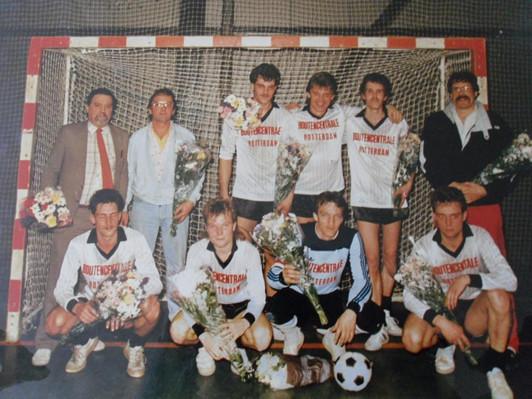 M.S.V.'71-Zaal-1 Seizoen 1985-1986 Kampioen