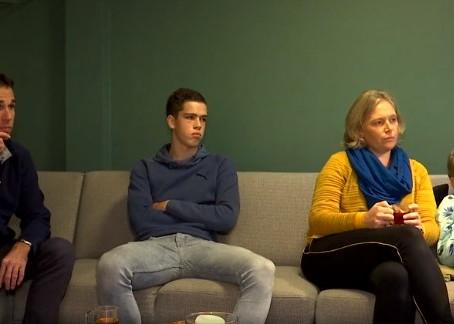 Familie van Zweden in het nieuws over Corona