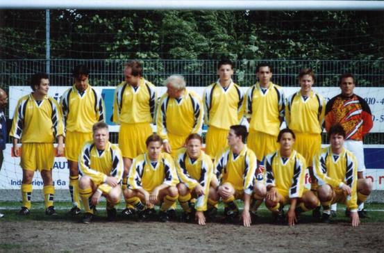 M.S.V.'71 team2 bij Afscheid Arthur Bierhuize 1990