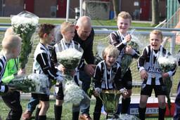 JO9-5 seizoen 2016 2017 kampioen.