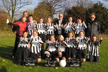 M.S.V.'71-Meisjes Seizoen 2003-2004