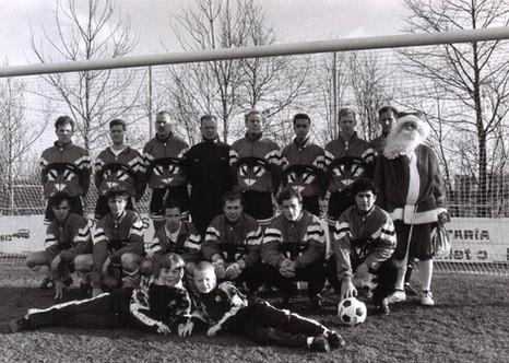 M.S.V.'71-1 met kerstman midden jaren 90