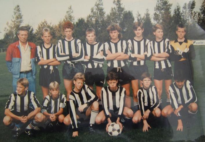 M.S.V.'71-C elftal midden jaren 80