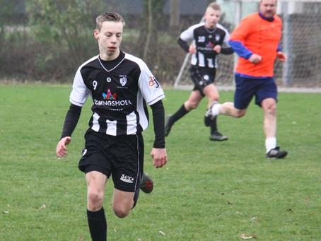JO15-1 speler Rody van Baalen geblesseerd naar ziekenhuis