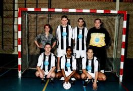 M.S.V.'71 zaalteam seizoen 2002 2003.