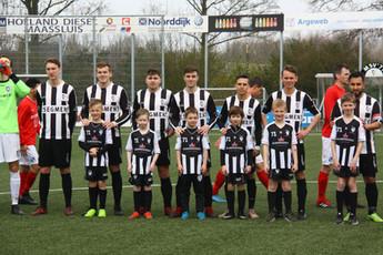 M.S.V.'71-1 seizoen 2018 2019 met jeugdteam.