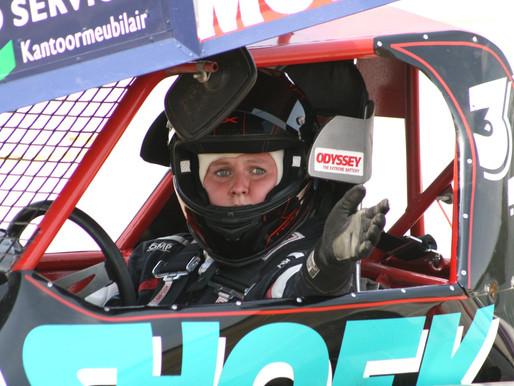 Engels debuut voor stockcar coureur Laura Vervuurt