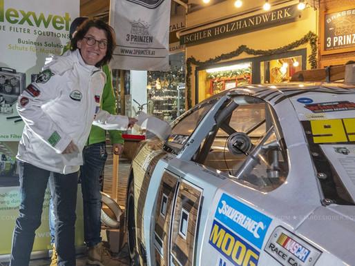 DTM winner Ellen Lohr signs with Dexwet-df1 Racing