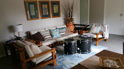 Lounge with DRUMS 4