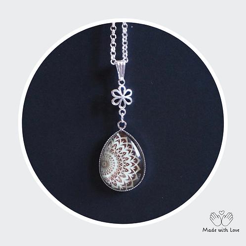 Mint & Brown Tear Drop Mandala Flower Necklace
