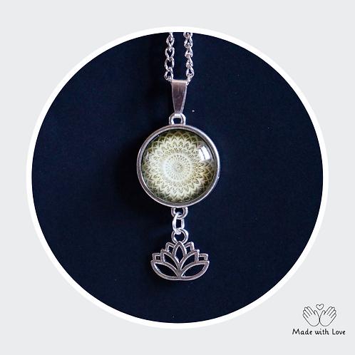 Green Mandala Flower Necklace - Round Pendant