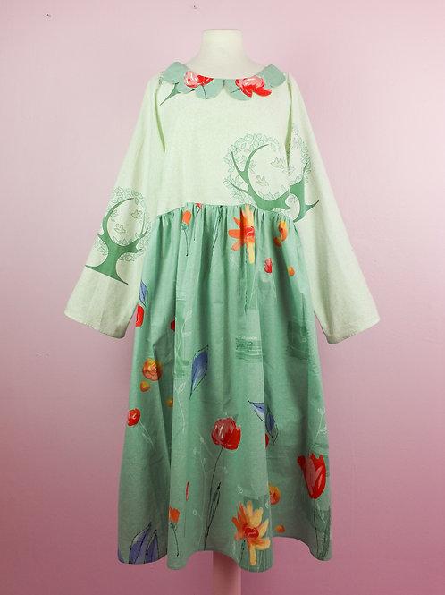Green dove - DOLLY DRESS - L/XL