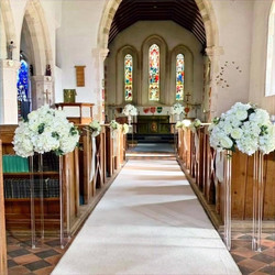 pedestals, stands to hire with flowers