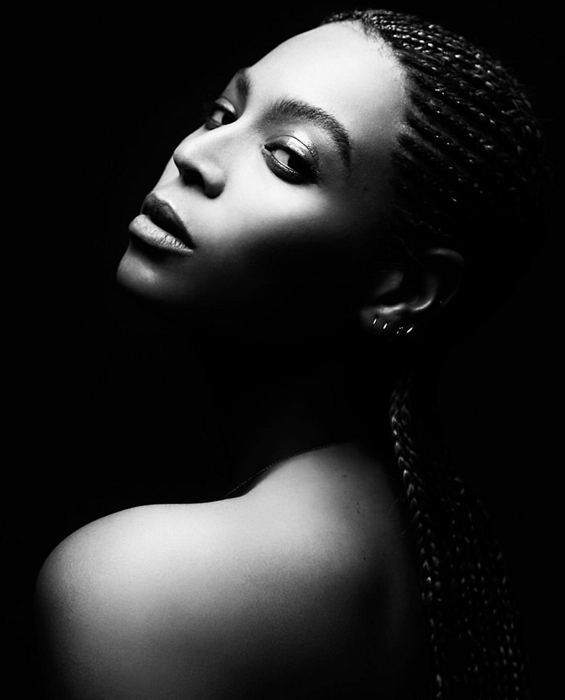 Beyonce braids black and white