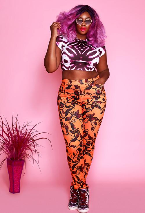 XO Asante Model Liris Crosse African print