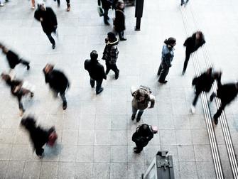 על הסבל של היות עסוקה - שרלוט רוטרדם