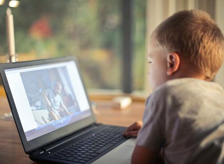 Temps d'écran pour nos enfants: combien d'heures par jour?