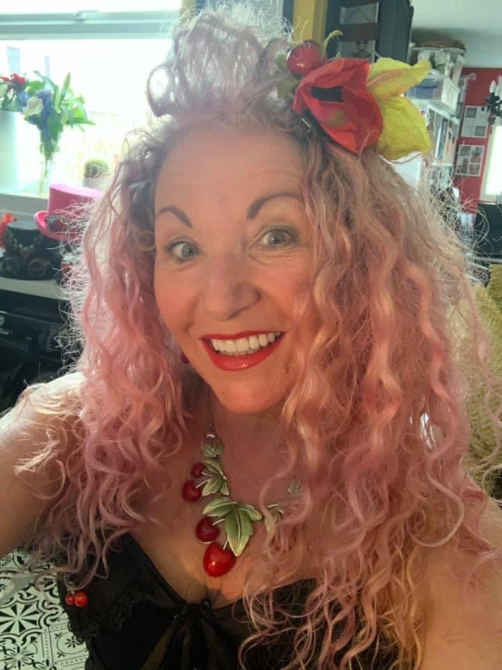 Lindsey Barrell (aka Miss Cherry Bombe) burlesque dancer