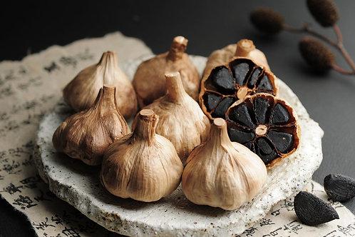 Black Garlic, Whole Heads price each