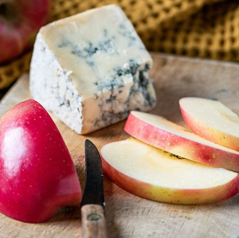 Apples & Cheese: The Perfect Pair!