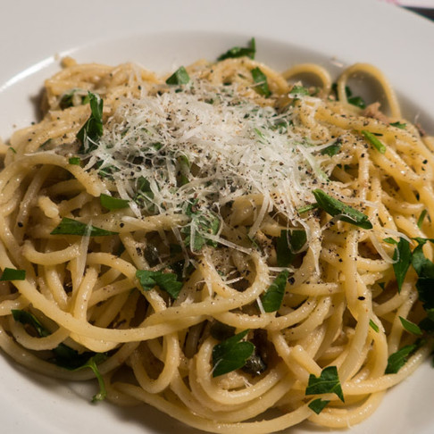 Spaghetti with Garlic, Olive Oil & Anchovies