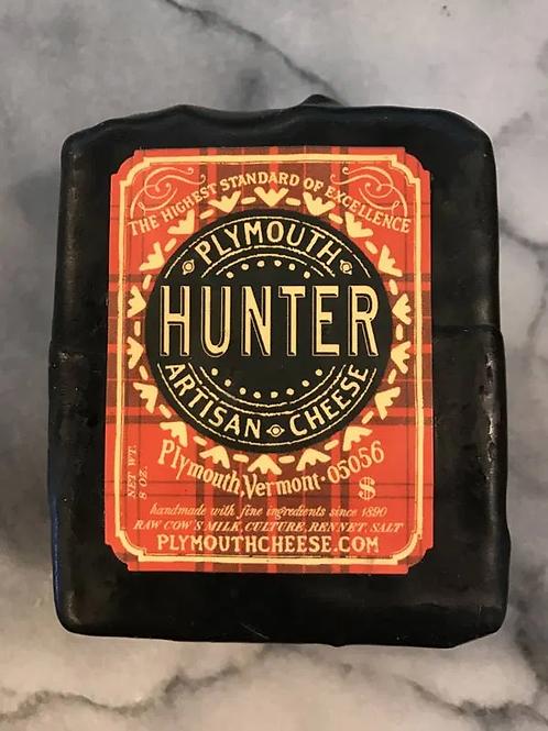 Plymouth Hunter Raw Cheddar
