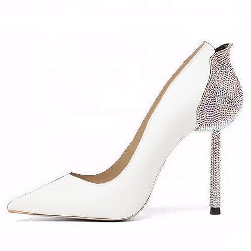Pantofi mireasă stiletto albi din piele lăcuită Kitana