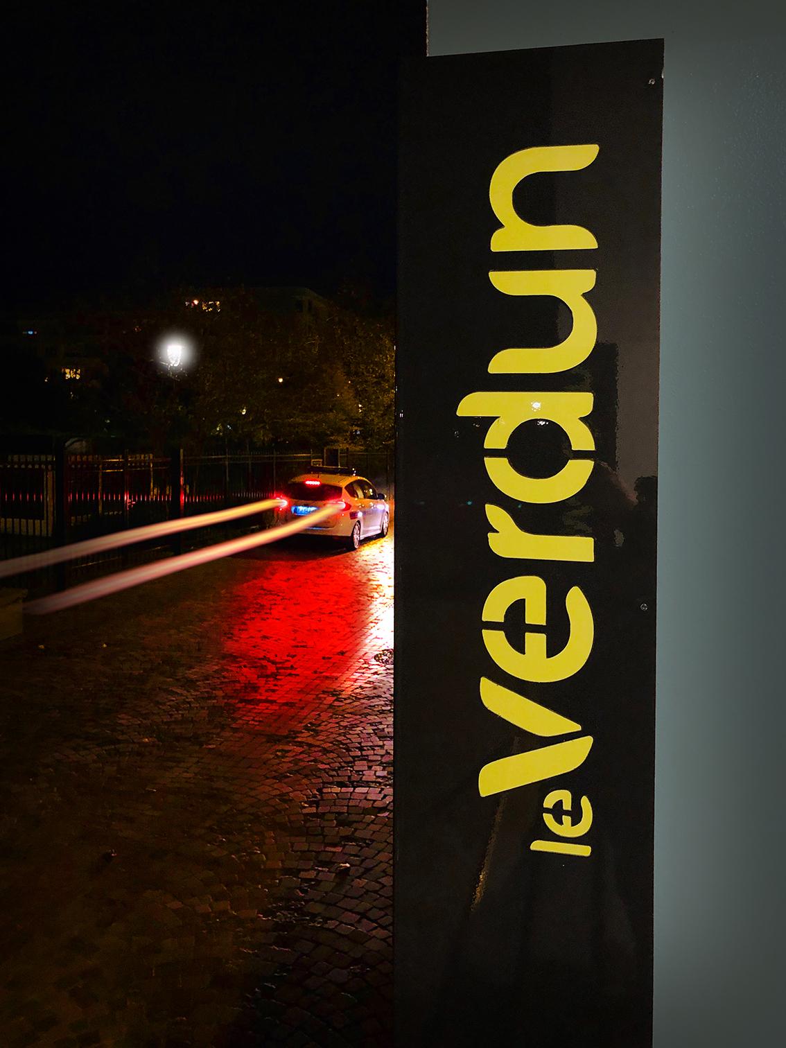 Enseigne Verdun