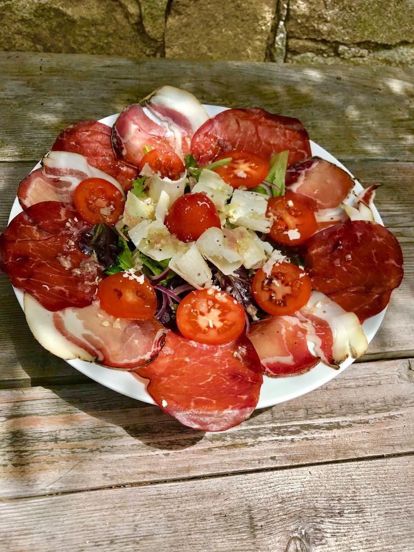 Carpaccio bresaola & lonzu