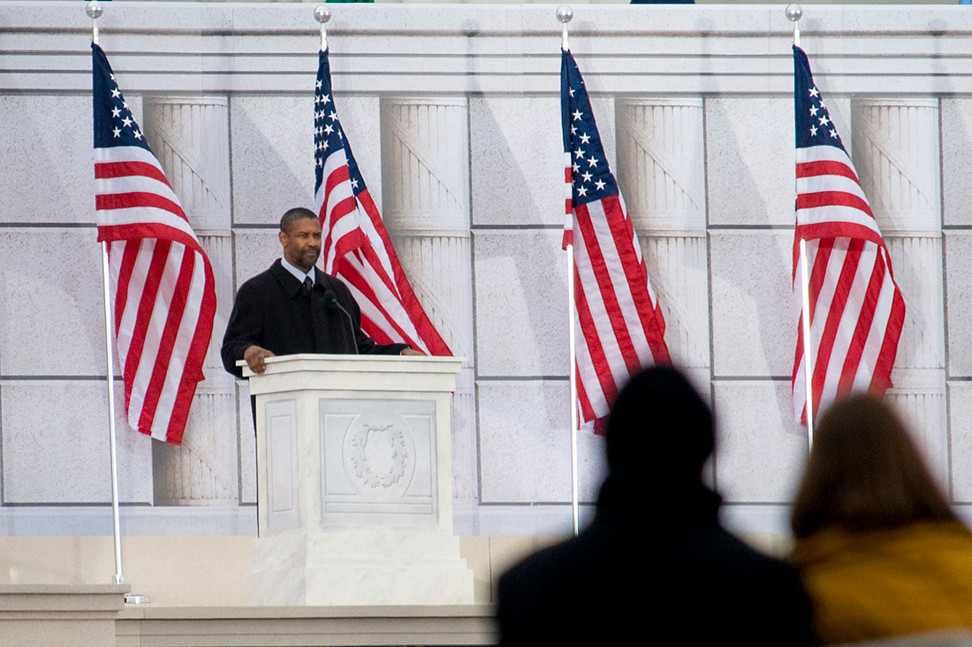 """18.01.2009: Denzel Washington delivers a speech at """"We are One"""", Obama's Inaugural celebration."""