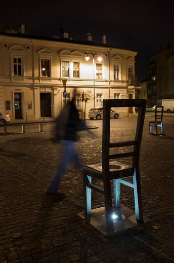 24_WWII_photography_krakow_jewish_ghetto