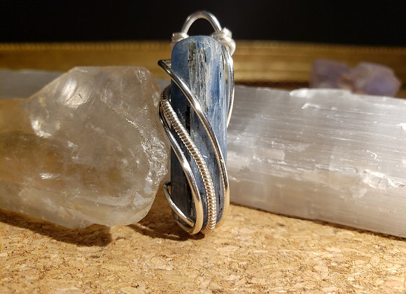 Kyanite Swerve and Drop Pendant in Silver Plated Copper
