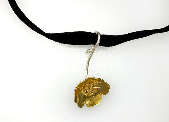 Buttercup pendant with citrines on choker
