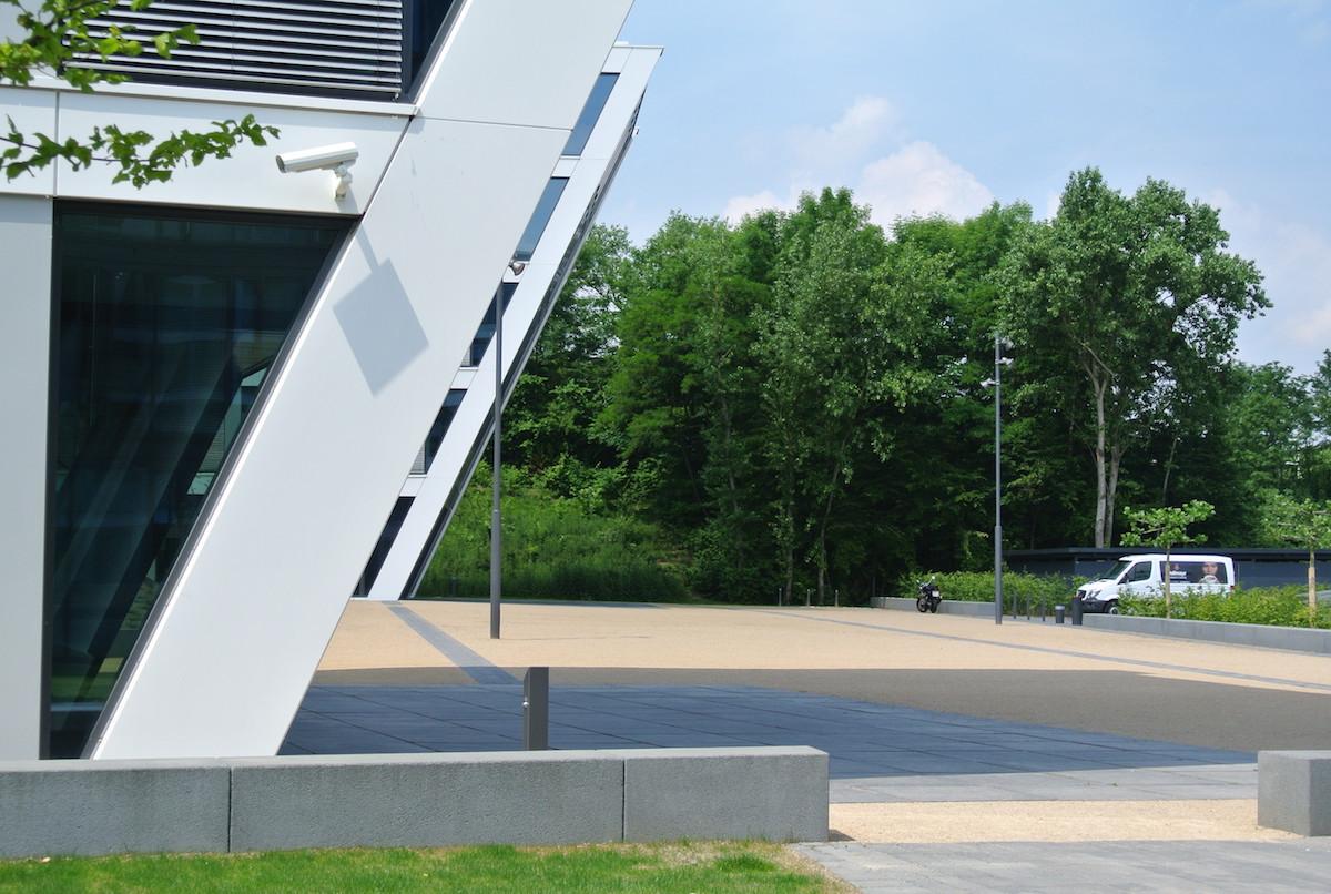 Bonn, Joseph-Schumpeter-Allee (1)