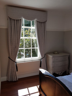 Made to measure curtains, Hale