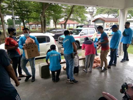 NGO FoodbankJB beri sumbangan keperluan harian