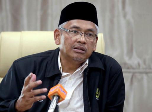 Ikut Perlembagaan PM hilang majoriti wajib letak jawatan - Dr Aziz Bari
