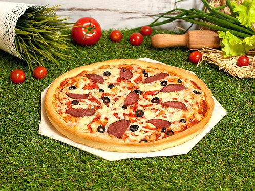 Пицца мясная, 35 см.,600 г.
