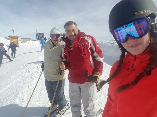 3generazioni di sciatori.jpg
