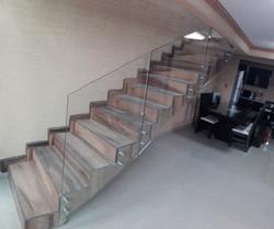 Barandal con conectores escalera fuera