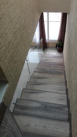 barandal con conetores escalera dentro