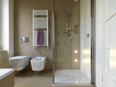Mantener limpias las puertas de vidrio del baño - Tip