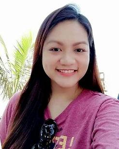 Joreen headshot.jpg