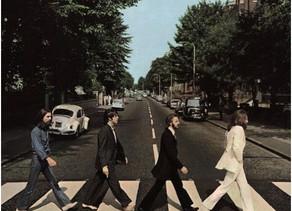דרך המנזר בעטיפת Abbey Road