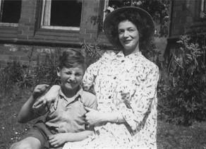 ג'ון לנון בן ה-5 נדרש לבחור בין אבא לאמא...אז זהו, שלא
