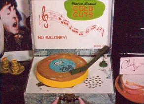נקניקים: האלבום הגנוז של פול - Cold Cuts