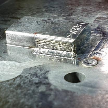 Apport de métal sur piece de moule Z38CDV5