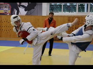 Грозном прошло Первенство ГБУ «РСШ тхэквондо» по виду спорта тхэквондо.