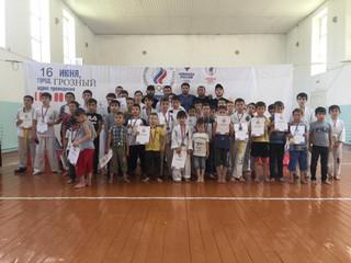 16 июня 2019 года. Наша школа провела соревнования посвященные Олимпийскому Дню.